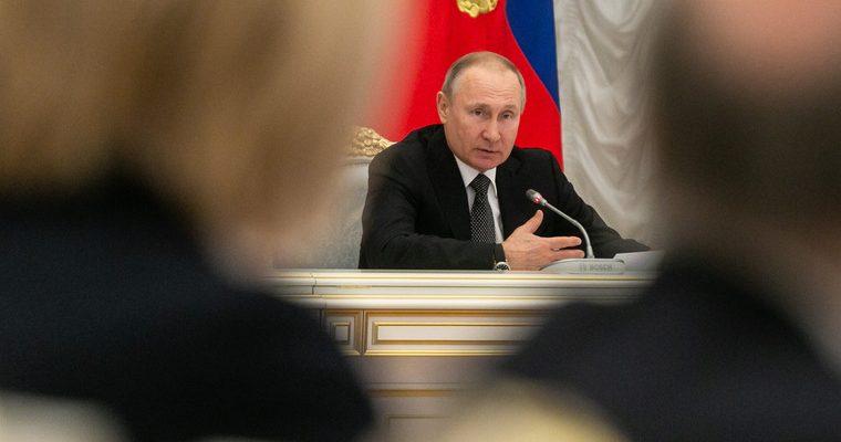 Правительство 1 июня представит Путину план по восстановлению экономики