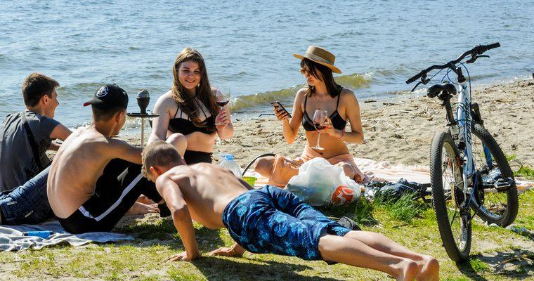 средства защиты от коронавируса на пляже
