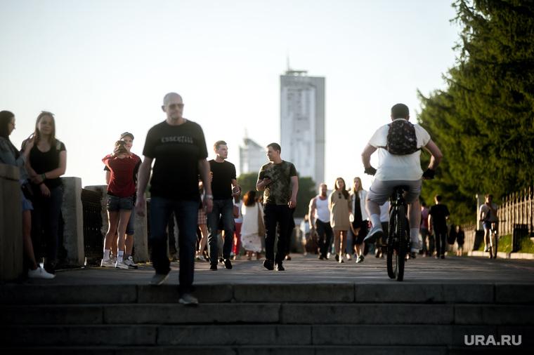 Свердловский губернатор готовится продлить карантин. СПИСОК запретов с 1 июня