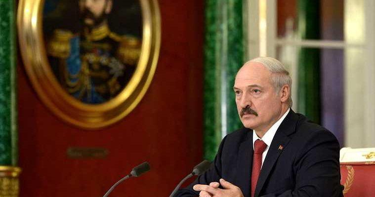 Лукашенко увидел попытки раскачать ситуацию в Белоруссии