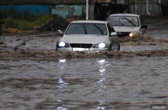 потоп улицы Нового Уренгоя ЯНАО отсутствие дренажной систему ВИДЕО