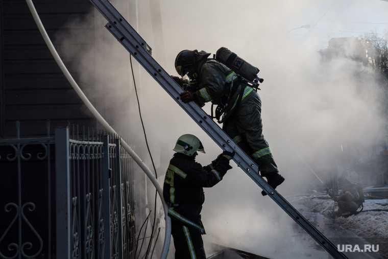 пожар в многожэтажке Екатеринбурга