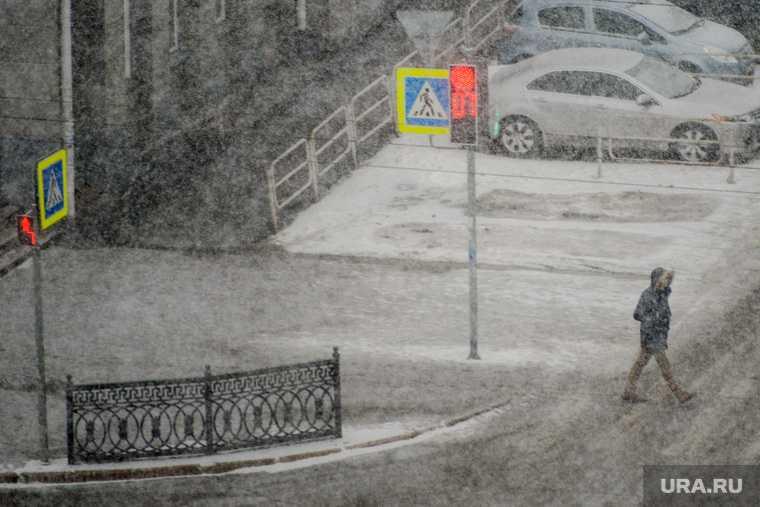 Челябинск Котова снег уборка субботник дворы