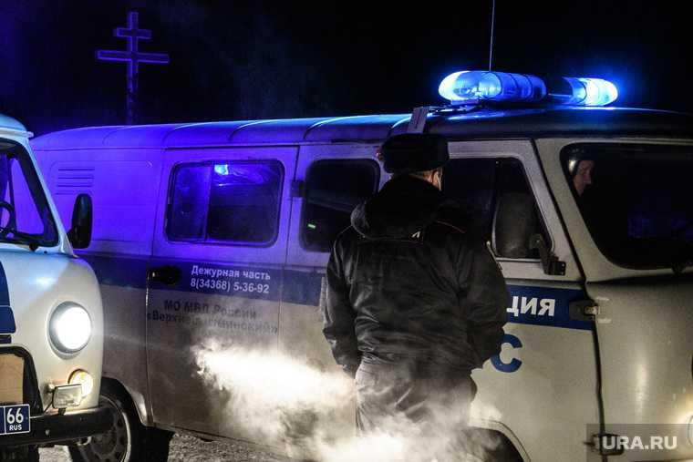 Новый Уренгой авария Урал машина полиции