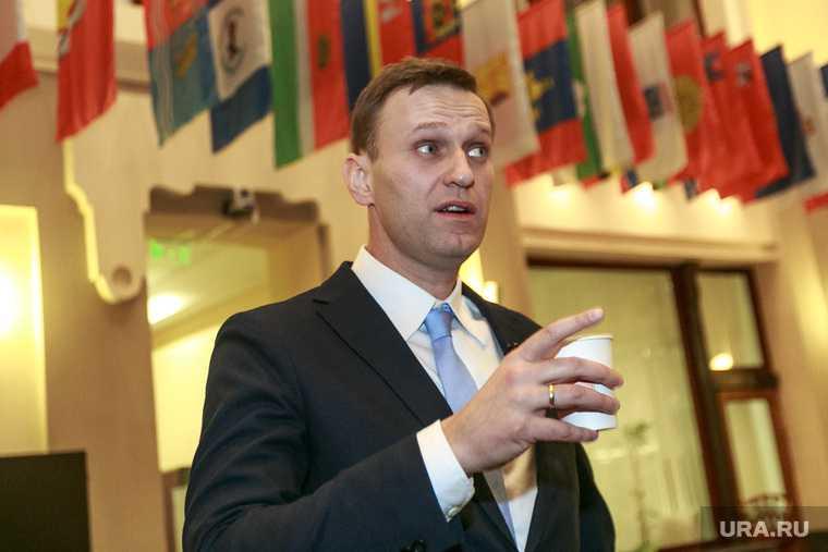 выгодно ли властям сажать Навального