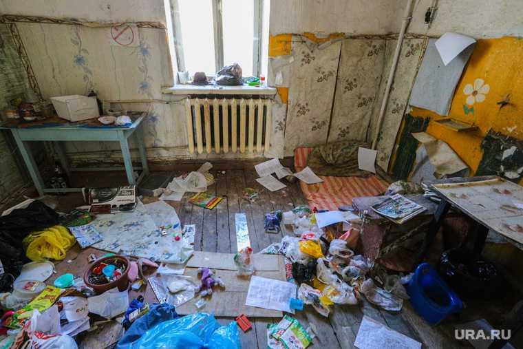 новости хмао неблагополучная семья бедные дети обвинили в пьянстве органы опеки ребенок голодает бардак