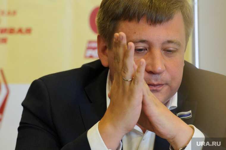 Андрей Жуковский АО «Омскэлектро» обыски СК растрата свердловское заксобрание
