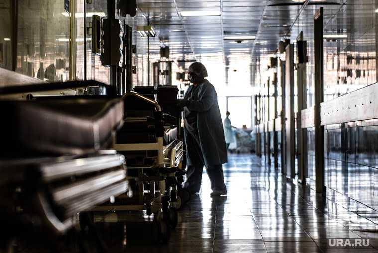 Пациент выпал из окна больница Екатеринбург