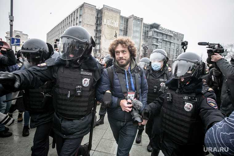 Варламов заступился за блогера Андрея Петрова