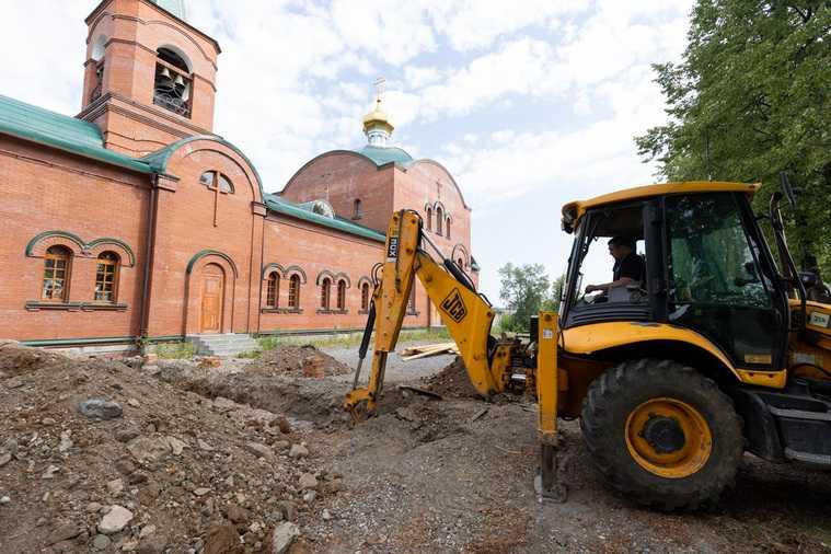 Меценаты благоустроят один из старейших свердловских храмов. Фото